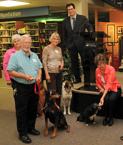 Tulsa (Okla.) City-County Library honors volunteers at a PAWS for Reading Volunteer Recognition ceremony in 2013. Photo: Tulsa (Okla.) City-County Library