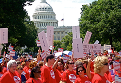 Librarians demonstrate for SKILLS Act on Capitol grounds