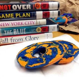 """Libraries Take Part in World Series–Themed Twitter """"Battle"""""""