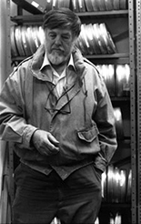 Alan Lomax in his New York archive, 1992. Photo by Peter Figlestahler, courtesy of the Alan Lomax Archive