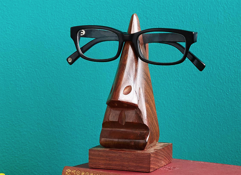 HSSS handcarved eyeglasses holder