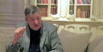 Screenshot of Stephen Fry in The Safe House