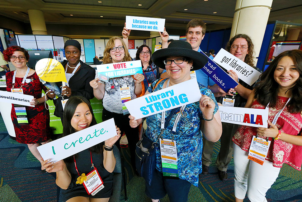 Attendees gather near the ALA Lounge at the 2016 Annual Conference and Exhibition in Orlando, Florida.Photo: Cognotes