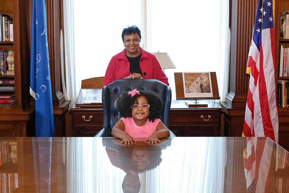 "Librarian of Congress Carla Hayden welcomes 4-year-old Daliyah Marie Arana of Gainesville, Georgia to be ""Librarian for the Day,"" January 10, 2017. Photo by Shawn Miller."