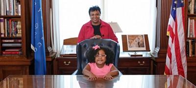 Librarian of Congress Carla Hayden and Librarian for the Day Daliyah Maria Arana