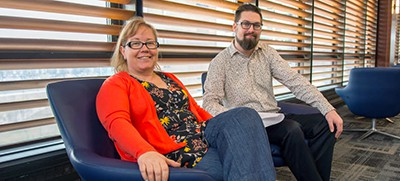 University at Buffalo librarians Cynthia Tysick and Bryan Sajecki believe students should be able to distinguish real news stories from fake news stories