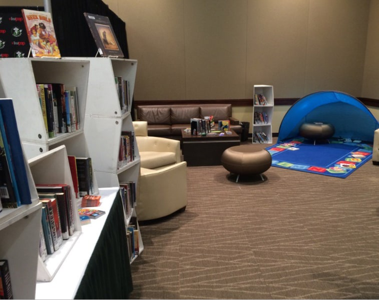 Emerald City Comicon's Pop-Up Library (Photo: Claire Scott)
