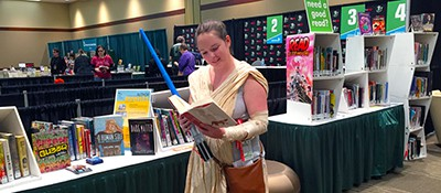 Jessica Andrews (as The Force Awakens' Rey) reads The Paper Menagerie and Other Stories by Ken Liu, as recommended by the librarians at Emerald City Comicon's Pop-Up Library