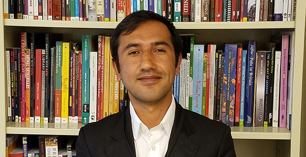 Hamayoun Ghafoori, assistant library director of the American University of Afghanistan.