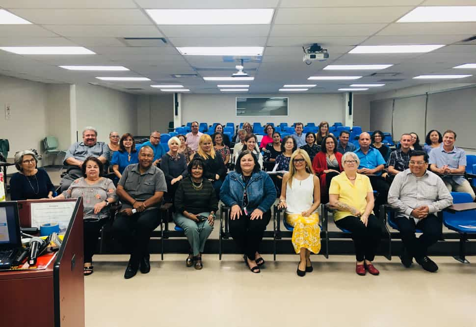 ALA President-Elect Loida Garcia-Febo (front row, third from right) meets with Puerto Rican librarians at the University of Puerto Rico's Rio Piedras campus.