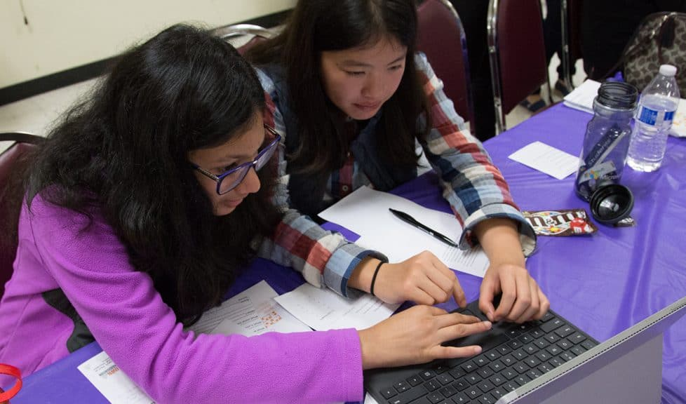 Photo: Santa Ana (Calif.) Public Library Girls Know CS Conference
