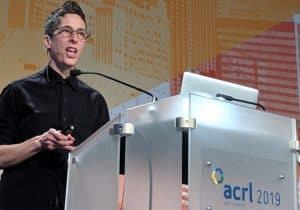 Award-winning graphic novelist Alison Bechdel closes out the 2019 Association of College and Research Libraries Conference in Cleveland on April 13. Photo: Laurie DeWitt/Pure Light Images