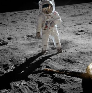 Astronaut Buzz Aldrin during the <em>Apollo 11</em> moonwalk.