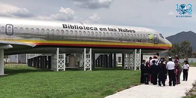 Boeing 727 library in Ciudad Hidalgo, Michoacán