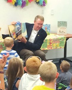 Missouri Rep. Steve Helms reads at Legislative Storytime at the Schweitzer Brentwood branch of Springfield–Greene County Library District. (Photo: Erin Gray/Springfield–Greene County (Mo.) Library District)