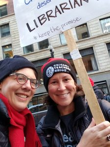 Hawthorne Elementary School librarian Lies Garner (left) and Coonley Elementary School Nora Wiltse picket during the recent CTU strike.