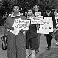 Librarians march against apartheid during ALA's 1985 Midwinter Meeting. (Photo: ALA Archives)