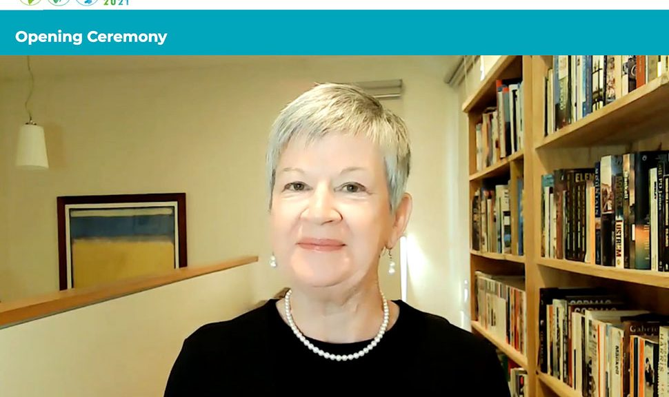 Christine Mackenzie, IFLA President 2019-2021, in the opening session